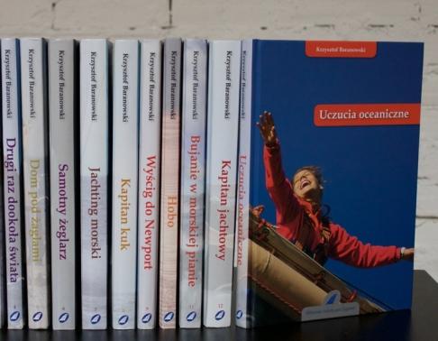Seria publikacji książkowych. Drukarnia Efekt - druk książek Warszawa.