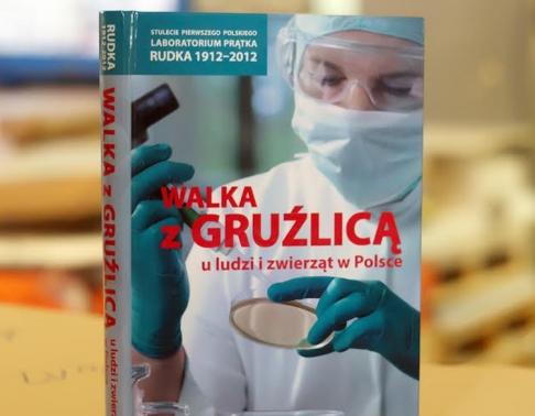 Książka w twardej oprawie. Drukarnia Efekt - druk książek Warszawa.